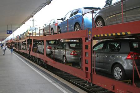E-Auto huckepack am E-Zug