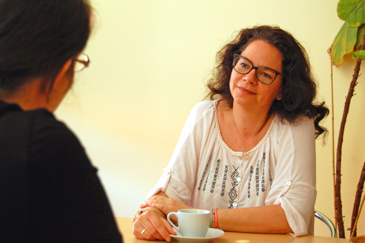 Foto: Interview mit GF DIin Sabine Pleininger, biohelp Garten & Bienen, © R. Burger