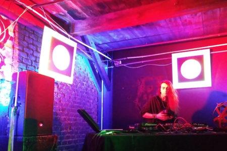 Foto: Tauschparty mit DJ, © D. Capano, eNu