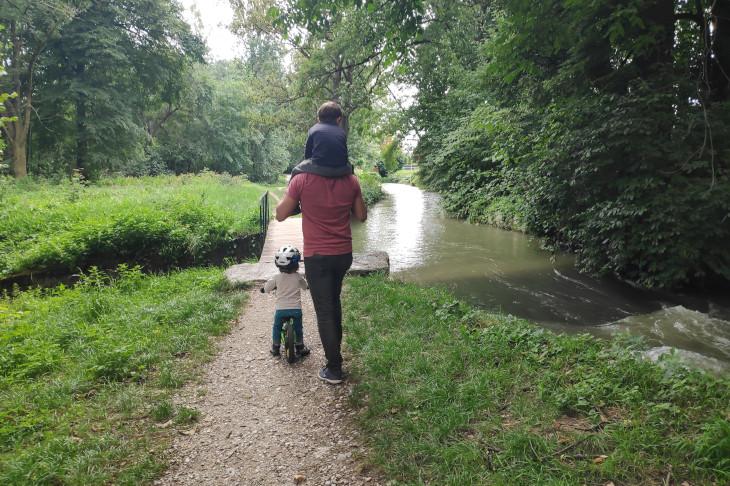 Familie Fersterererledigt die alltagswege zu Fuß oder mit dem Rad, © Fersterer