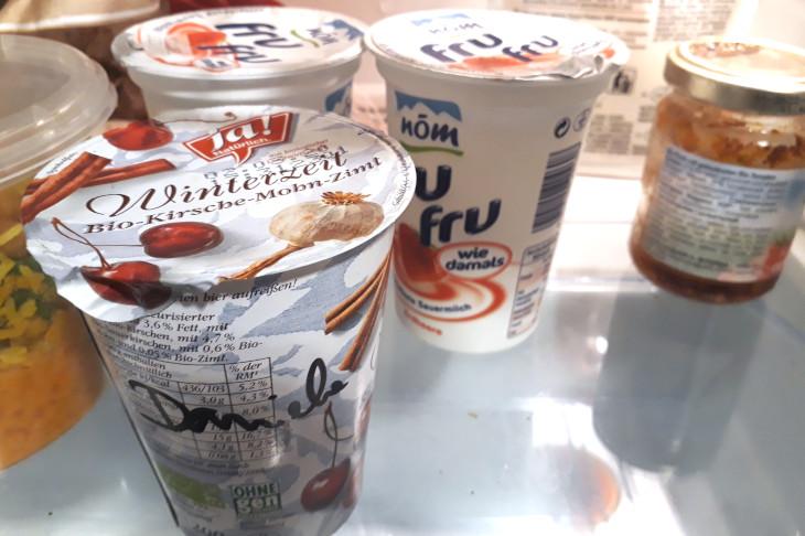 Joghurt im Kühlschrank, © D. Capano